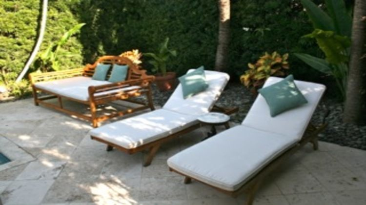 Daybed and Loungers